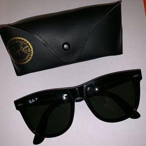Rayban Wayfarer Polarized Sunglasses